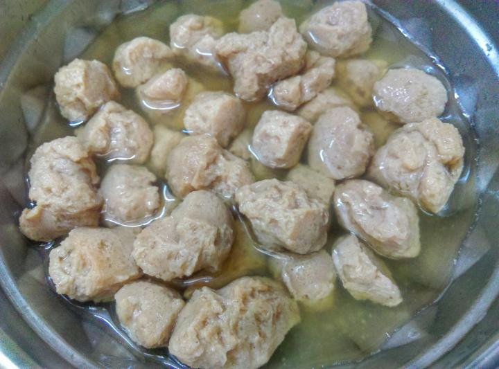 Washed and soaked soya chunks in boiled water